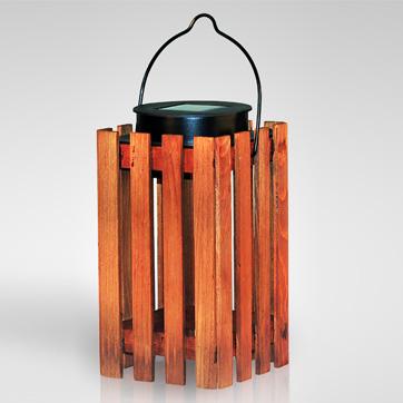 solárne drevené lampášové svetlo